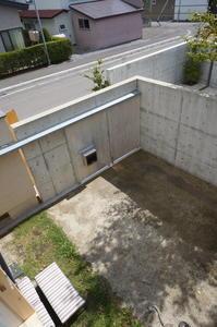 僕の仕事『中庭編』 - 函館の建築家 『北崎 賢』日々の遊びと仕事