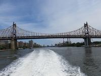 フェリーでRed Hookへ  - NYの小さな灯り ~ヘアメイク日記~