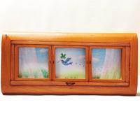 ミニフレームがまるで窓? パステル作品とコラボ - アトリエ絵くぼのパステルアート教室