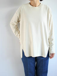 unfil raw silk jersey long-sleeve tee / natural - 『Bumpkins putting on airs』