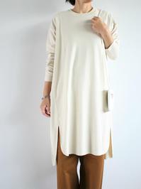 unfilraw silk jersey long-sleeve t-shirt dress / natural - 『Bumpkins putting on airs』