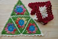三角形のフラッグ編みました。アイロン台の工夫のお話もちょっとだけ。 - Crochet Atelier momhands