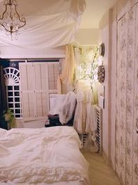 寝室のヘリンボーンなかなか好評です。 - フレンチシックな家作り。Le petit chateau