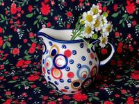ポーランド陶器の水玉柄ミルク・ピッチャー -  Der Liebling ~蚤の市フリークの雑貨手帖2冊目~