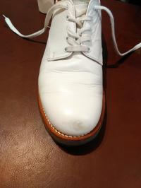 【Before/After】ホワイトレザーのシューズ、つま先色のせ - Shoe Care & Shoe Order 「FANS.浅草本店」M.Mowbray Shop