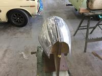 実車版 1/1 ハーディ=デイトナ製作記 アッパーカウル製作の巻き2 - 砂利道マニアHP