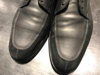水分補給からの油分補給 - 玉川タカシマヤ靴磨き工房 本館4階紳士靴売場
