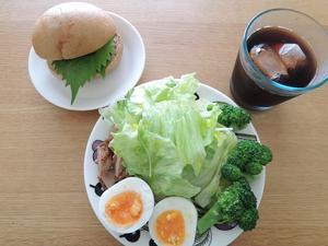 今日のランチで糖質量の計算 - 糖質制限でダイエットしてみるブログ