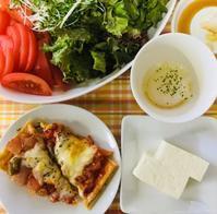 夕食のサラダ と、 - 気ままに体重維持
