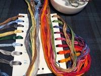 次の作品の刺しゅう糸を準備しました - y-hygge