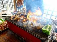 地鶏炭火焼き - NATURALLY