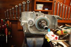 1968FLH1200 トランスミッション組み立て その2 - Vintage motorcycle study