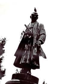 <靖国8月15日〉2010年九段 - 写真家藤居正明の東京漫歩景