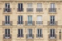 ヨーロッパ買い付け前SALE開催中 内容は無い。思ったより8月のフランス、ヨーロッパ寒そうということ。 - 千葉 アンティーク、古着のANDANTEANDANTEのアンアンブログ
