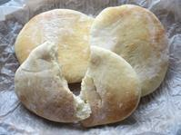 <イギリス菓子・レシピ> ピタパン【Pitta Breads】 - イギリスの食、イギリスの料理&菓子