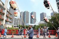 江戸時代の名残が色濃い佃の祭りは「水かけ祭り」としても有名。 - 旅プラスの日記