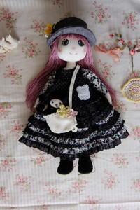 夏休みと布人形の事 - 夢子さんのミシン