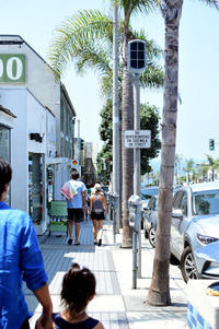 Manhattan Beach* - Avenue No.8