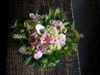 お供えのアレンジメント。キリスト教の方へ。2018/08/14。 - 札幌 花屋 meLL flowers