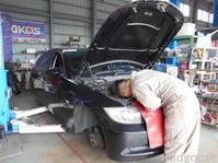 今日から営業しております♪BMW 320i 車検整備中│´ω`)ノ - ★豊田市の車屋さん★ワイルドグース日記