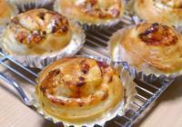 トマトチーズロール&ソーセージの編みパン - ~あこパン日記~さあパンを焼きましょう