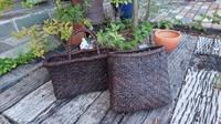 古い葡萄籠 持ち手付け完了 - 古布や麻の葉