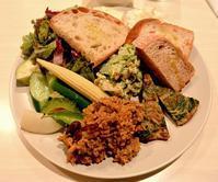 ダイエットしてるふりして野菜のランチを食べてみる golondrina(ゴロンドリーナ) - 今日はなに食べる? ☆大阪北新地ランチ