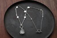 クオーツエレスチャルネックレス - 石と銀の装身具
