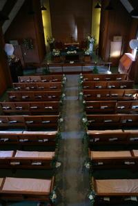 夏の出張レッスン チャペルの装花 代官山本多記念教会さまへ 8月23日 - 一会 ウエディングの花