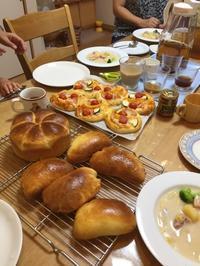 夏休みスペシャル 親子パンレッスン - 調布の小さな手作りお菓子教室 アトリエタルトタタン