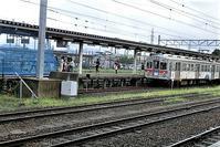 藤田八束の鉄道写真@弘前城と貨物列車、そして弘南鉄道・・・川辺駅で逢ったリゾート特急「しらかみ」 - 藤田八束の日記