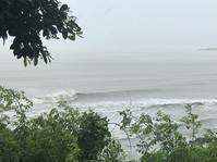 台湾佳楽水 今日の波 頭サイズ 雨オフショア - 台湾サーフィン 佳楽水は今日もいい波    佳楽水好浪!