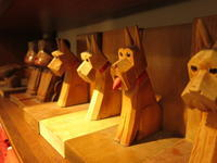 """Wooden Bookstand Dog #FLEAMARKET""ってこんなこと。 - THE THREE ROBBERS ってこんなこと。"