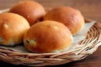 オーションで、ぶどうパン・・・パンケースの下にたまります - Takacoco Kitchen