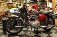 1968 BSA A65 完成 - Vintage motorcycle study