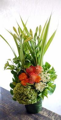 幌加内町でのご葬儀にアレンジメント②。2018/08/24着。 - 札幌 花屋 meLL flowers
