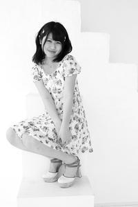 桜田千夏ちゃん13 - モノクロポートレート写真館