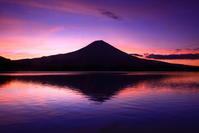 30年8月の富士(29)田貫湖の夜明けの富士 - 富士への散歩道 ~撮影記~