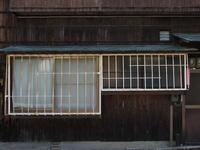 面格子2018#08 - 1/365 - WEBにしきんBlog