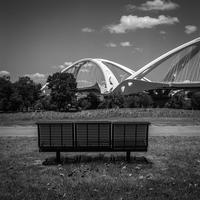 特等席から豊田大橋を鑑賞する透明人間 - Silver Oblivion