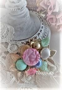 ヴィンテージボタンのブローチ - Bijoux  du  Bonheur ~ビジュー ドゥ ボヌール~