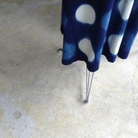 坂由香里さんの藍染作品の展示終了しました - UTOKU Backyard