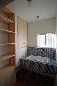 タイルと実験用流しの洗面台 - K+Y アトリエ一級建築士事務Blog