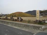 法隆寺は藤ノ木古墳をミササギ山と呼んだ - 地図を楽しむ・古代史の謎