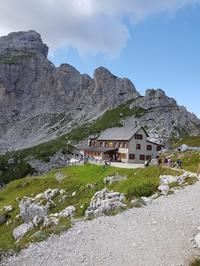 山で、道産子が食べたいもの - Via Bella Italia ベッライタリア通りから