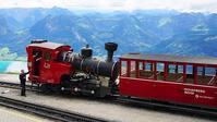 シャーフベルク登山鉄道とアウディのクラシックカー - エーデルワイスPhoto