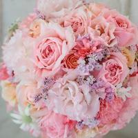 ラウンドブーケ 明治記念館様へ お色直しのバラはヴィクトリアンシークレット - 一会 ウエディングの花