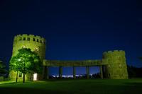 松山総合公園展望塔(夜風景)② - かたくち鰯の写真日記2
