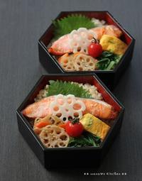 月曜鮭弁 ✿ トンカツ(๑¯﹃¯๑)♪ - **  mana's Kitchen **