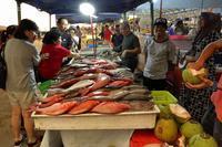 マレーシアの魚屋さん(ボルネオ島、コタキナバル) - 旅プラスの日記